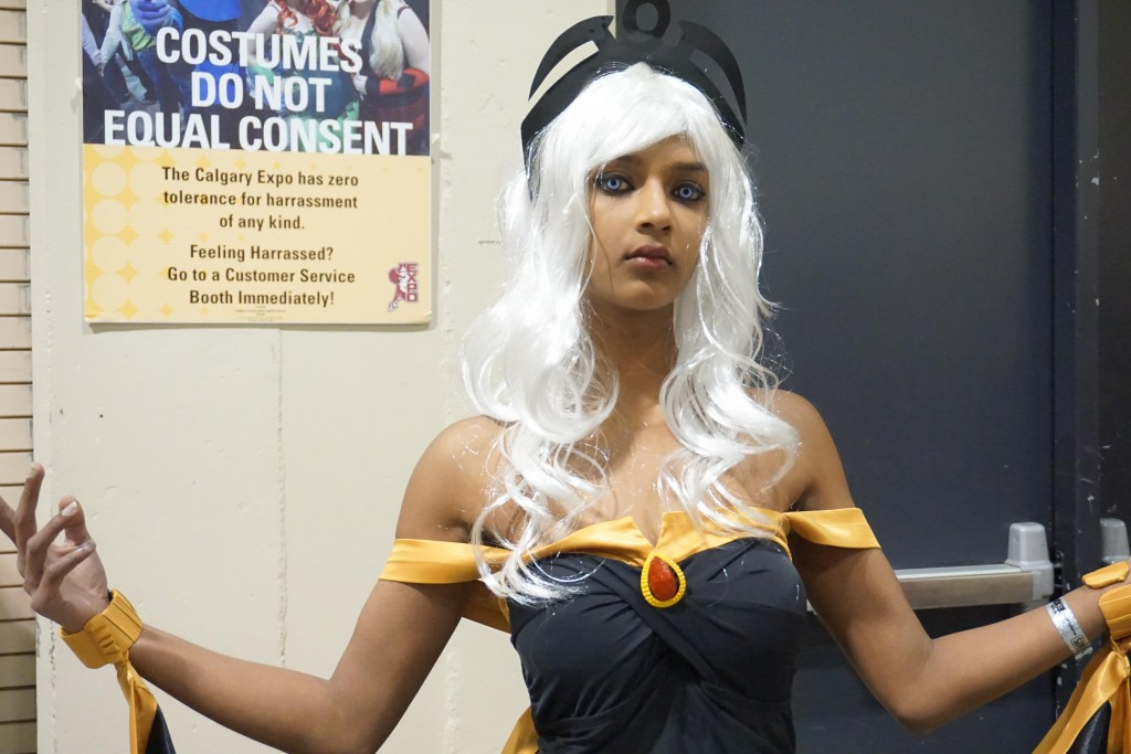 Comic con harassment: cosplayer poses in front of cosplay is not consent sign at fan convention